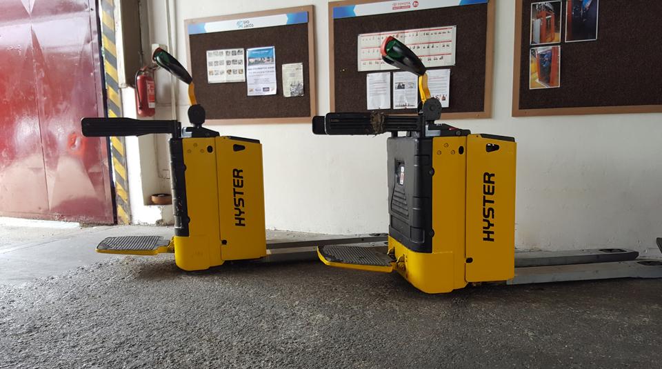Bateriový ručně vedený vozík
